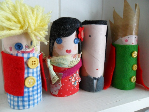 Toilet Paper Roll Finger Puppets