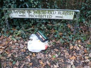 rubbish prohibited sign